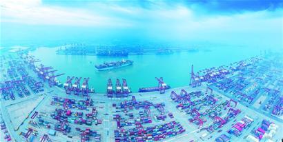 青岛前湾保税港区多项经济指标增速领跑全市